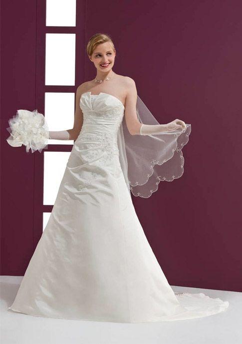 EGLANTINE CREATIONS - Eros  Inspiration robes de mariée  Pinterest