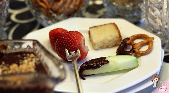 Nutty Chocolate & Peanut Butter Fondue
