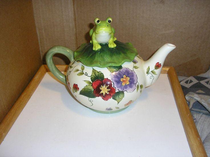 Unique Teapot Design Frog On Top