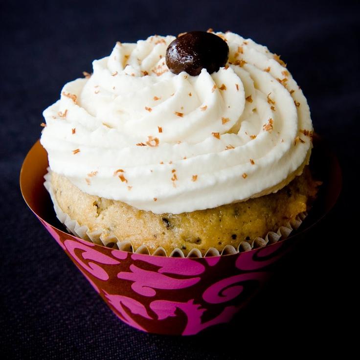 Mudslide cupcakes with baileys Irish cream frosting