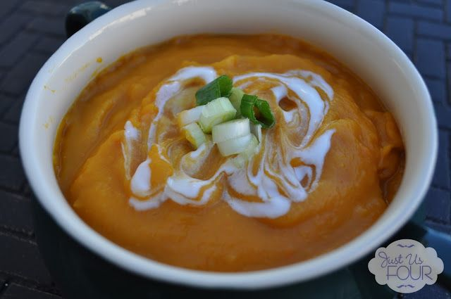 Thai pumpkin soup. Looks to DIE for!