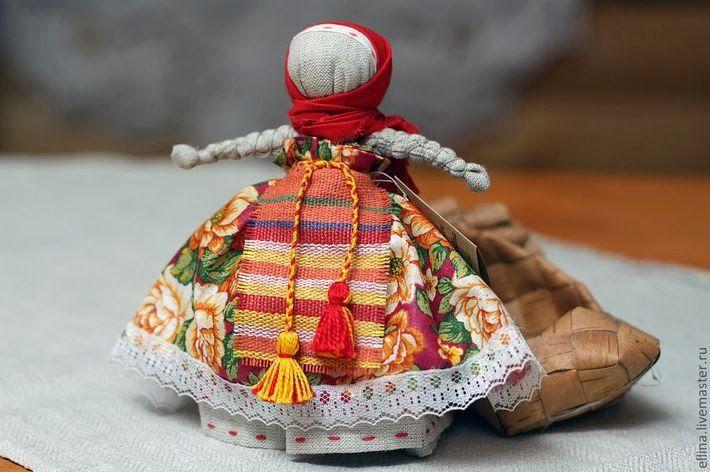 Красивая народная кукла своими руками 16