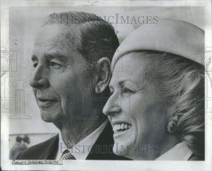 1947 Press Photo Cornelius Vanderbilt Whitney WifeCornelius Vanderbilt Wife