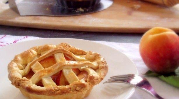 Recipe: Mini Peach Pies | Appetizers/Desserts | Pinterest