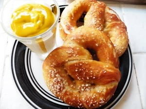 Soft Pretzels. | Desserts and other Sweets to eat | Pinterest