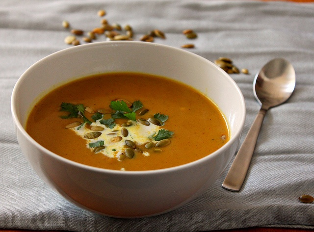Fall: Spicy Curried Pumpkin Peanut Soup | Satiate | Pinterest