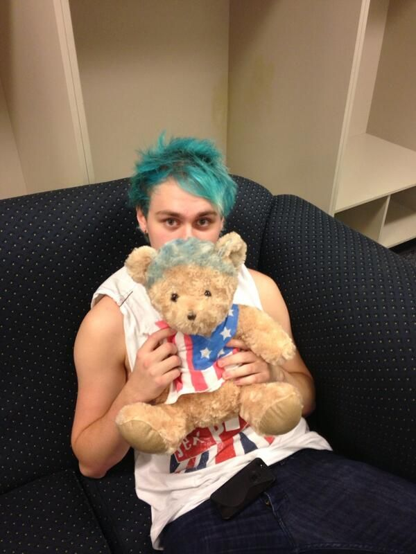 michael freaking cute asdfghj