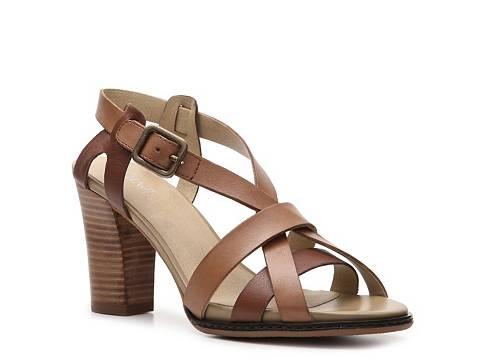 Levity Canary Sandal Casual Sandals Sandal Shop Women's Shoes - DSW