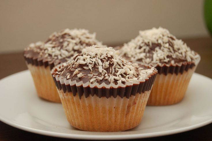Dark Chocolate Coconut Cupcakes. | Cuppy Cakes and other Yum Yums | P ...