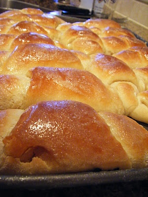 Buttery dinner rolls | Family recipes to try | Pinterest