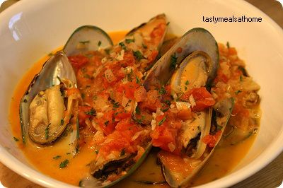 Mussels in Tomato Cream Wine Sauce | Fish & Seafood things | Pinterest