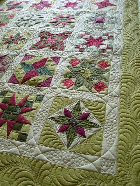 Holiday Star Quilt by fourseasonsquiltswap, via Flickr