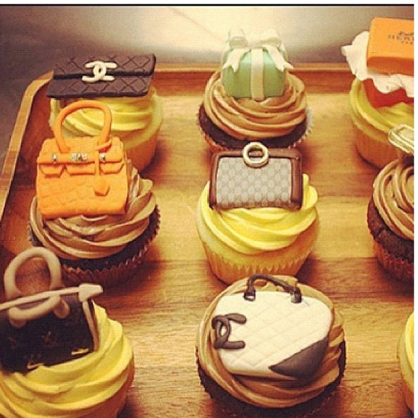 "High Fashion Cupcakes! Very cute with big-named purses and handbags by the likes of Coco Channel, Versace, and Louis Vuitton.    ""I live, breathe and eat for fashion"" - Talesha Lee"