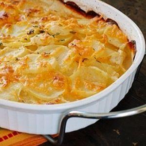 Skinny Scalloped Potatoes Gratin full recipe at http://recipehub.net ...