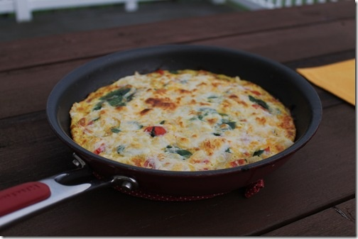 spinach tomato frittata | Food ~ Easy recipes | Pinterest