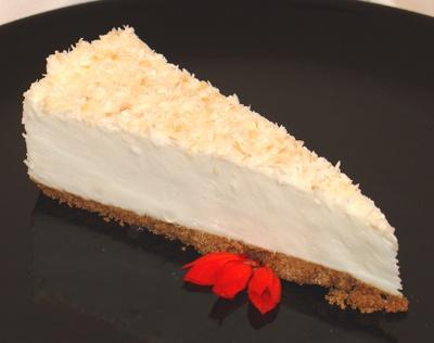 Coconut Mousse Cake | Delectable Desserts I Desire | Pinterest