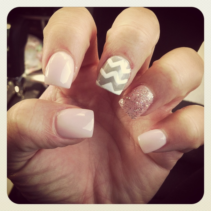 #nails #chevron #pink #girly #sparkles/glitter