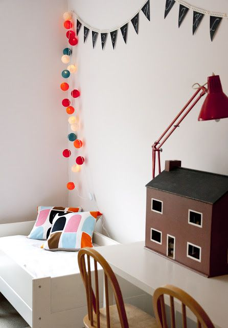 Children's room - Marimekko pillows - Ukkonooa