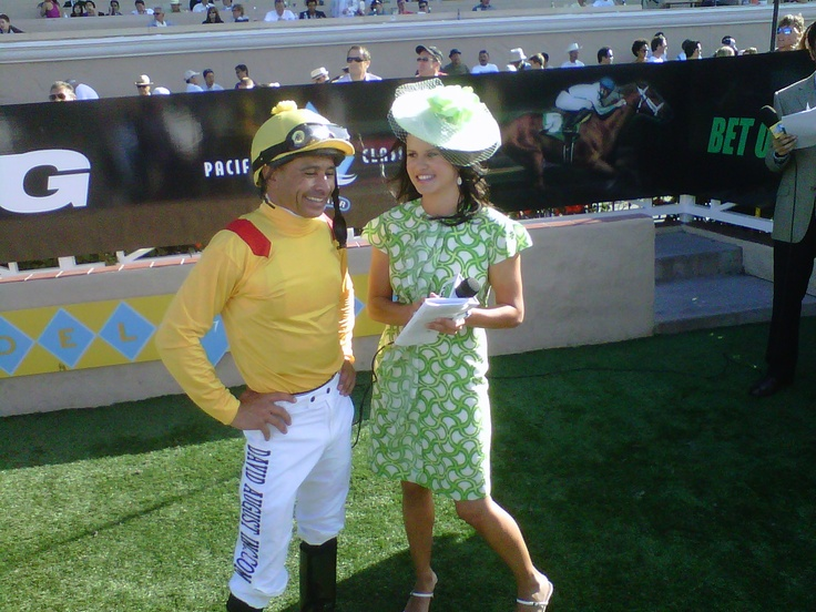 Jockey mike smith after a win del mar scene pinterest for Puerta 4 del jockey