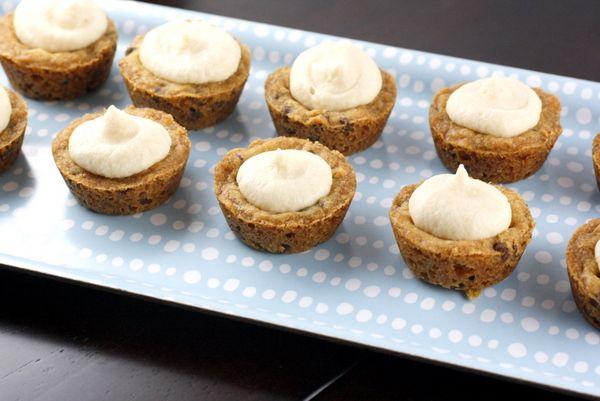 Frosted Cookie Cups: I used a different cookie recipe but you can't go ...