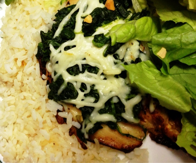 Cozy House: Grilled Chicken with Spinach & Mozzarella