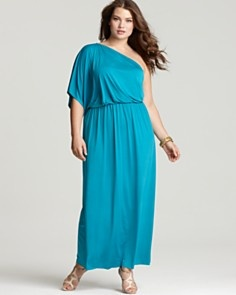 massive w plus size dresses