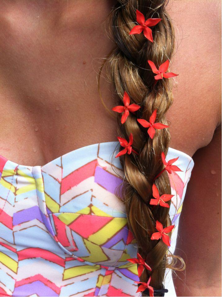 love the hair.. & dress!