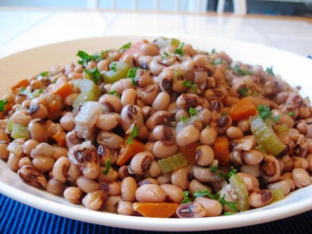 Slow Cooker Black Eyed Peas with Ham | Scrumptious Sides | Pinterest