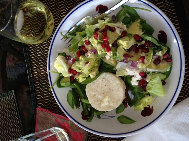 lettuce, avocado, red onion, crumbled feta cheese, crunchy green beans ...