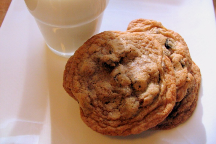 Raisin Chocolate Chip Cookies | Food Idea's/Foods To Try... | Pintere ...