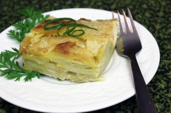 Scalloped Potatoes (Gluten-Free and Vegan)