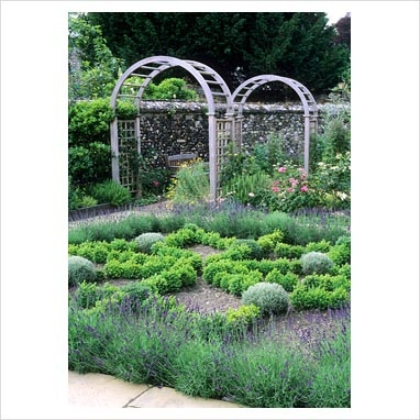 Very nice herbal knot garden layout Knot Gardens Pinterest