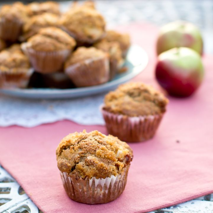 Apple Cinnamon Muffins - Going to try with the shredded apples...