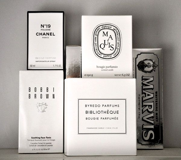 chic & sleek / black & white beauty packaging