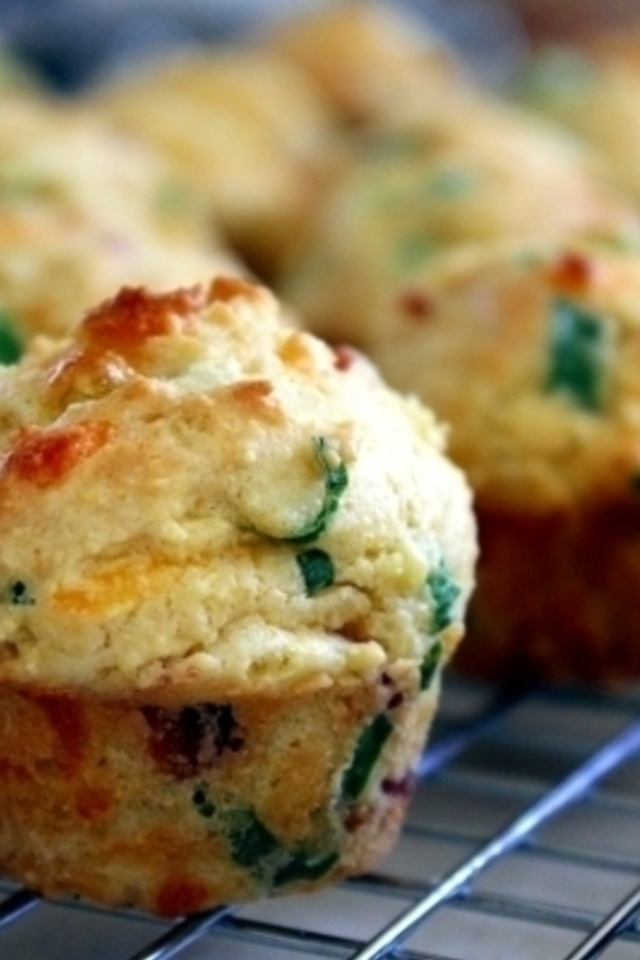 Mini Bacon Scallion Corn Muffins with Cheddar Cheese