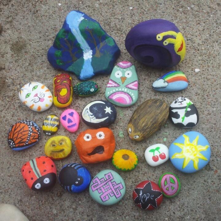 Garden rocks painted gardening pinterest - Painting rocks for garden ...