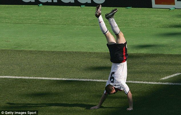 Wayne Rooney 18 Years Old Wayne Rooney took the football world by storm as an year old in