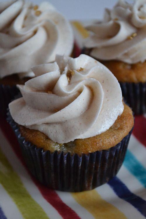 Banana cupcake with honey cinnamon frosting recipe