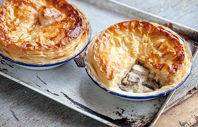 Chicken, leek and mushroom plate pie | Recipe
