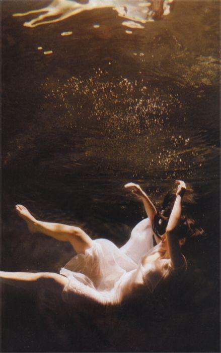 dream. underwater.