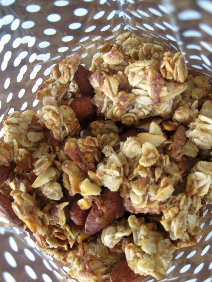 Mag-Pie's & more: Banana Bread Granola | So much breakfast, so little...