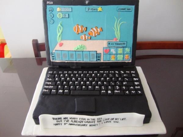 Cake Laptop Designs : laptop cake Cake design Pinterest