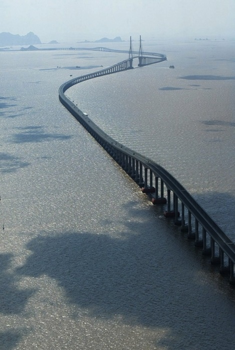 on of the longest bridges in the world China