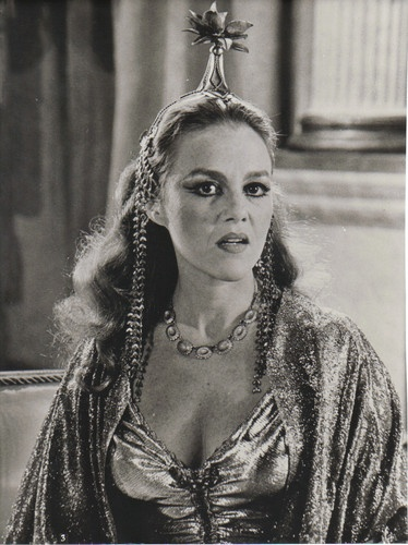 madeline kahn history of the world - photo #2