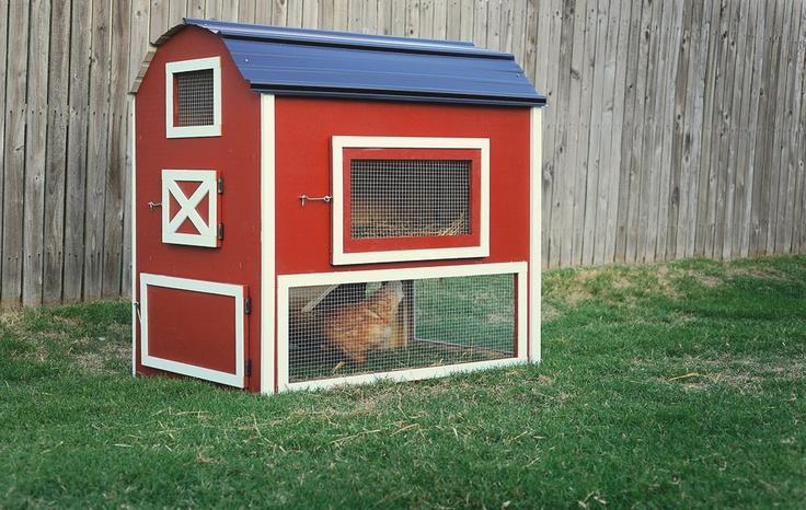 red barn chicken coop it 39 s tempting chicken coop