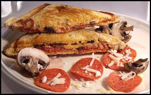 Grilled Pizza Sandwich. Photo by kzbhansen