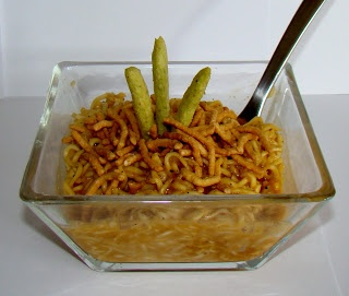 Ramen Noodle Upgrade- GANGNAM STYLE, very yummy recipe on The Girl ...