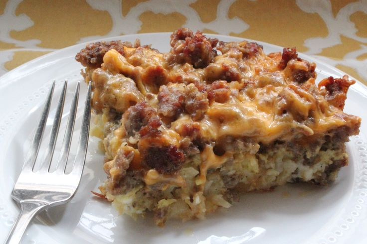 the Melted Spatula – Tater Tot, Sausage & Egg Breakfast Casserole