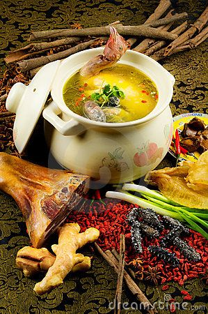 Chinese cuisine, chicken soup in the pot | CHYNA | Pinterest