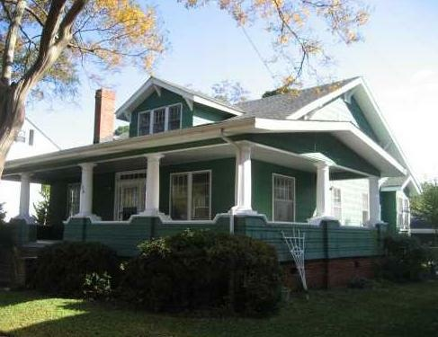 Craftsman bungalow in norfolk arts amp crafts style a little art dec